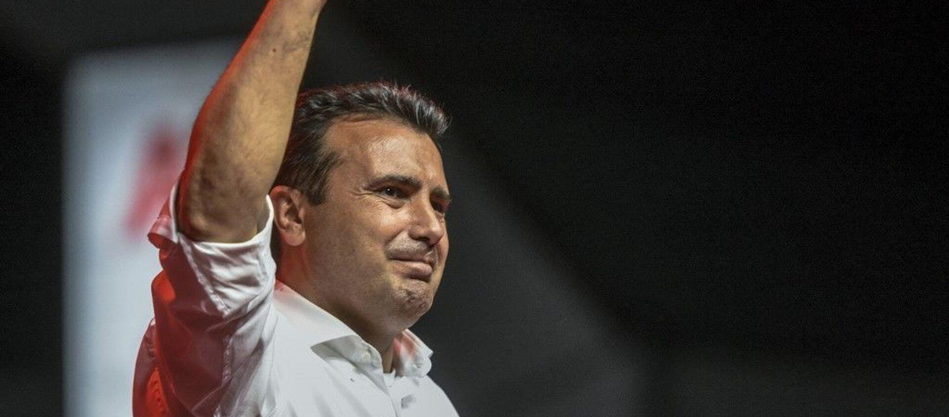 Ο Ζόραν Ζάεφ σε προεκλογική συγκέντρωση στα Σκόπια, 10 Ιουλίου 2020 - Sputnik Ελλάδα, 1920, 19.11.2020