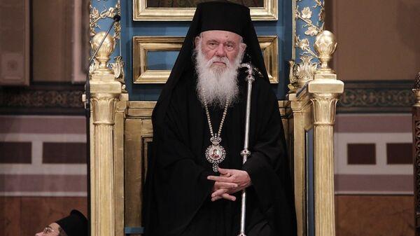 Ο Αρχιεπίσκοπος Ιερώνυμος κατά την Ιερά Ακολουθία στην Μητρόπολη σε ένδειξη διαμαρτυρίας για τη μετατροπή της Αγίας Σοφίας σε τζαμί - Sputnik Ελλάδα