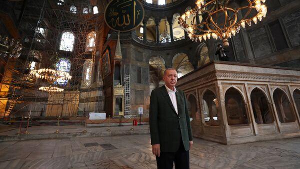 Ο Ερντογάν στην Αγία Σοφία - Sputnik Ελλάδα