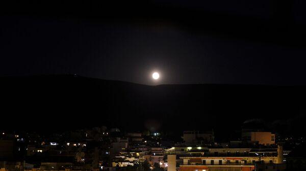 Αυγουστιάτικη πανσέληνος στην Αθήνα - Sputnik Ελλάδα