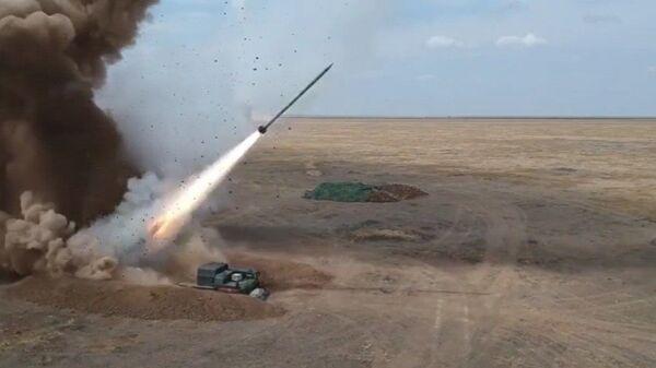 Το σύστημα βαλλιστικών πυραύλων της Ρωσίας Iskander-M - Sputnik Ελλάδα