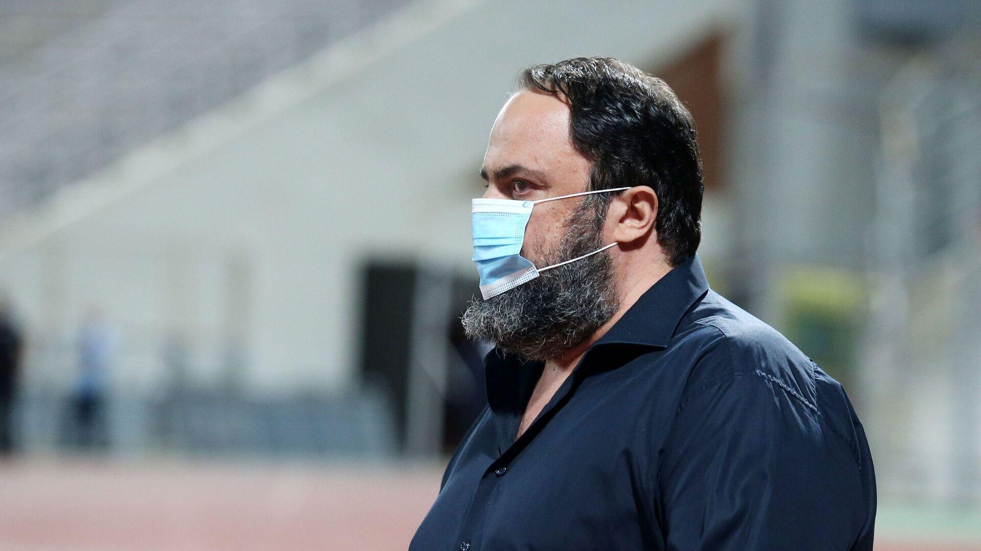 Ο Βαγγέλης Μαρινάκης με μάσκα - Sputnik Ελλάδα, 1920, 14.10.2021