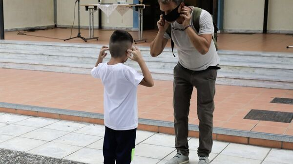 Μάσκες στα σχολεία - Sputnik Ελλάδα
