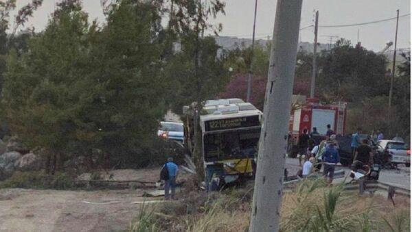 Τροχαίο με λεωφορείο στην Αγία Μαρίνα στο Λαγονήσι - Sputnik Ελλάδα