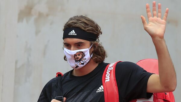 Ο Στέφανος Τσιτσιπάς με τη μάσκα του - Sputnik Ελλάδα