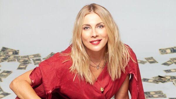 Η Σμαράγδα Καρύδη, παρουσιάστρια του τηλεπαιχνιδιού «Ένα εκατομμύριο γεν» στο MEGA - Sputnik Ελλάδα