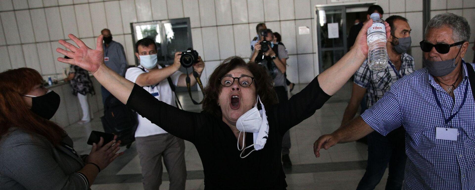 Η Μάγδα Φύσσα φωνάζει «Παύλο» μετά την ανακοίνωση της απόφασης για τον Ρουπακιά, 7 Οκτωβρίου 2020 - Sputnik Ελλάδα, 1920, 07.10.2021