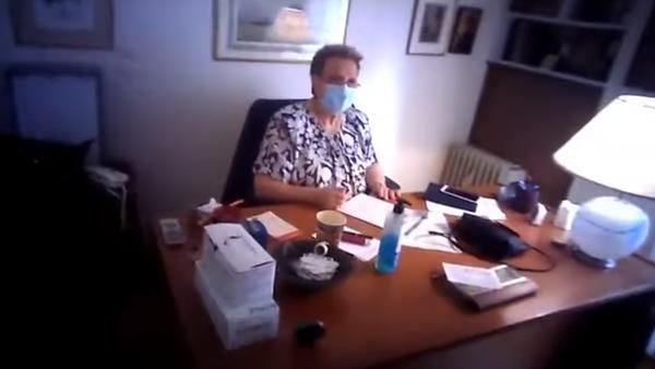 «Επίσκεψη» Ρουβίκωνα στην Ελένη Γιαμαρέλλου - Sputnik Ελλάδα