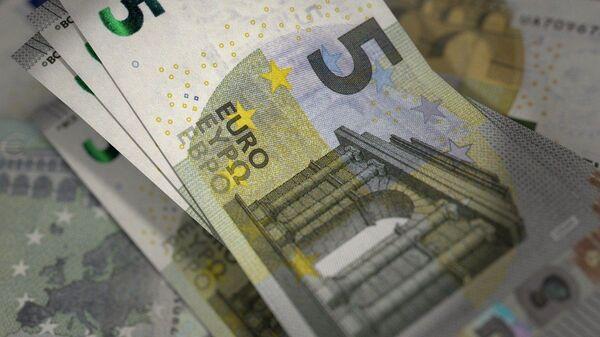 Χαρτονόμισμα των 5 ευρώ - Sputnik Ελλάδα