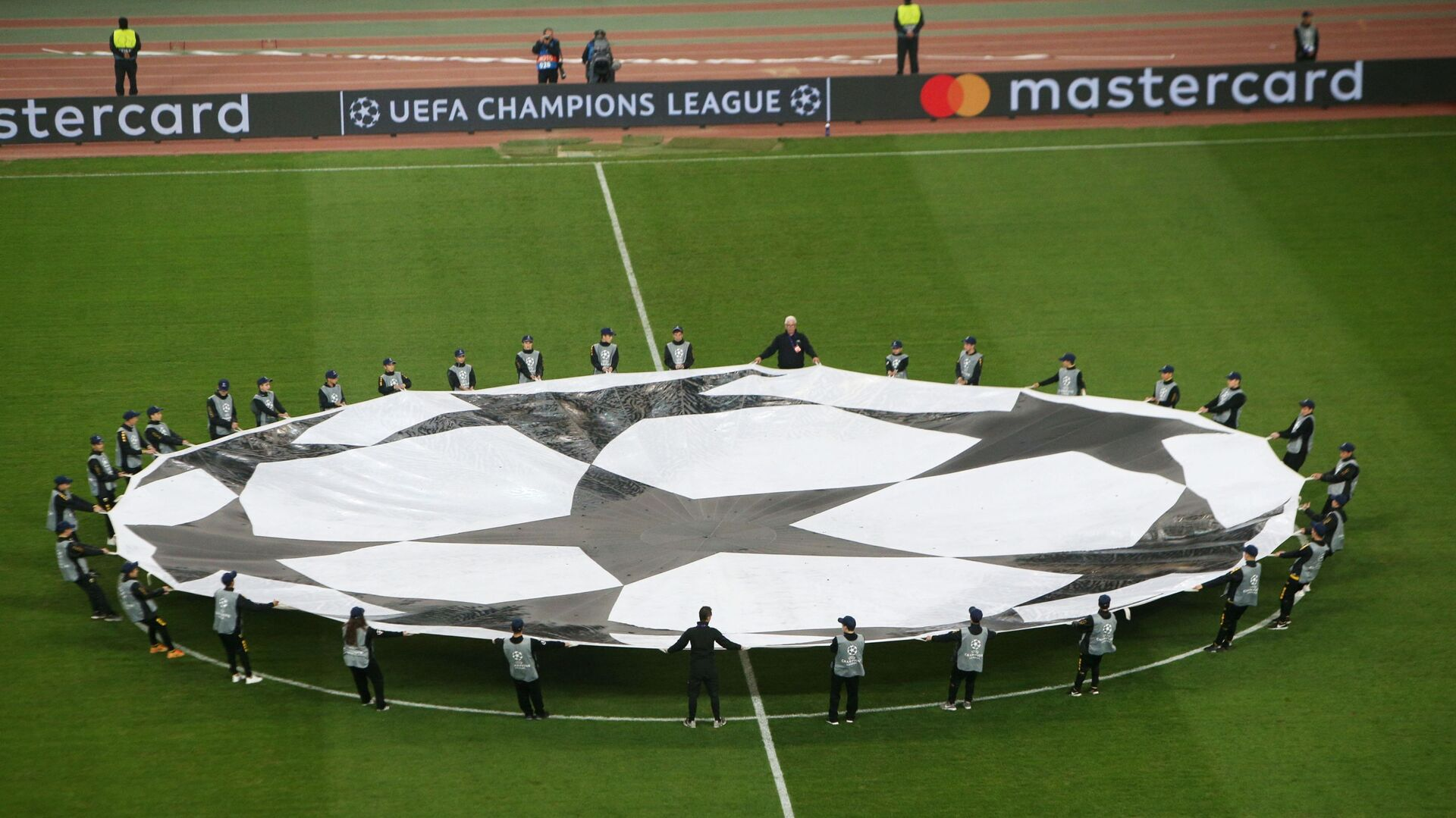 Το «σεντόνι» του Champions League - Sputnik Ελλάδα, 1920, 28.09.2021