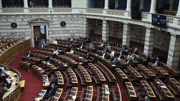 Συζήτηση επί της προτάσεως μομφής στη Βουλή - Sputnik Ελλάδα
