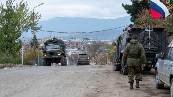 Ρωσικές ειρηνευτικές δυνάμεις στο Ναγκόρνο-Καραμπάχ - Sputnik Ελλάδα