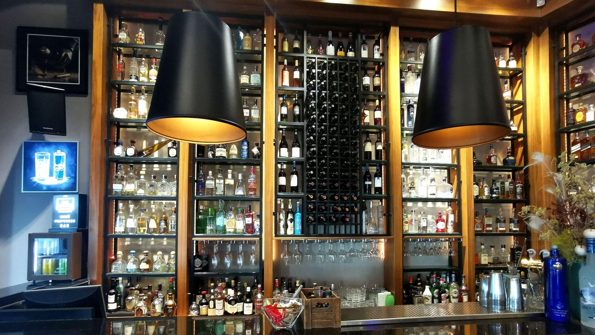 Το καφέ- μπαρ Calderon στη Θεσσαλονίκη - Sputnik Ελλάδα, 1920, 03.08.2021