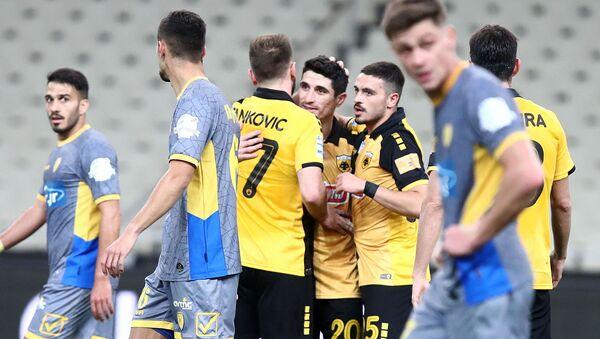Οι παίκτες της ΑΕΚ πανηγυρίζουν - Sputnik Ελλάδα