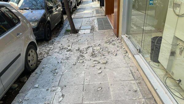 Υλικές ζημιές στη Λάρισα - Έπεσαν σοβάδες - Sputnik Ελλάδα