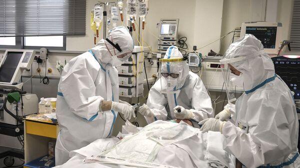 Ασφυκτικές συνθήκες στα νοσοκομεία εν μέσω του κορονοϊού - Sputnik Ελλάδα