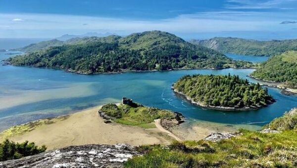 Το έρημο νησί Deer Island στη Σκωτία - Sputnik Ελλάδα