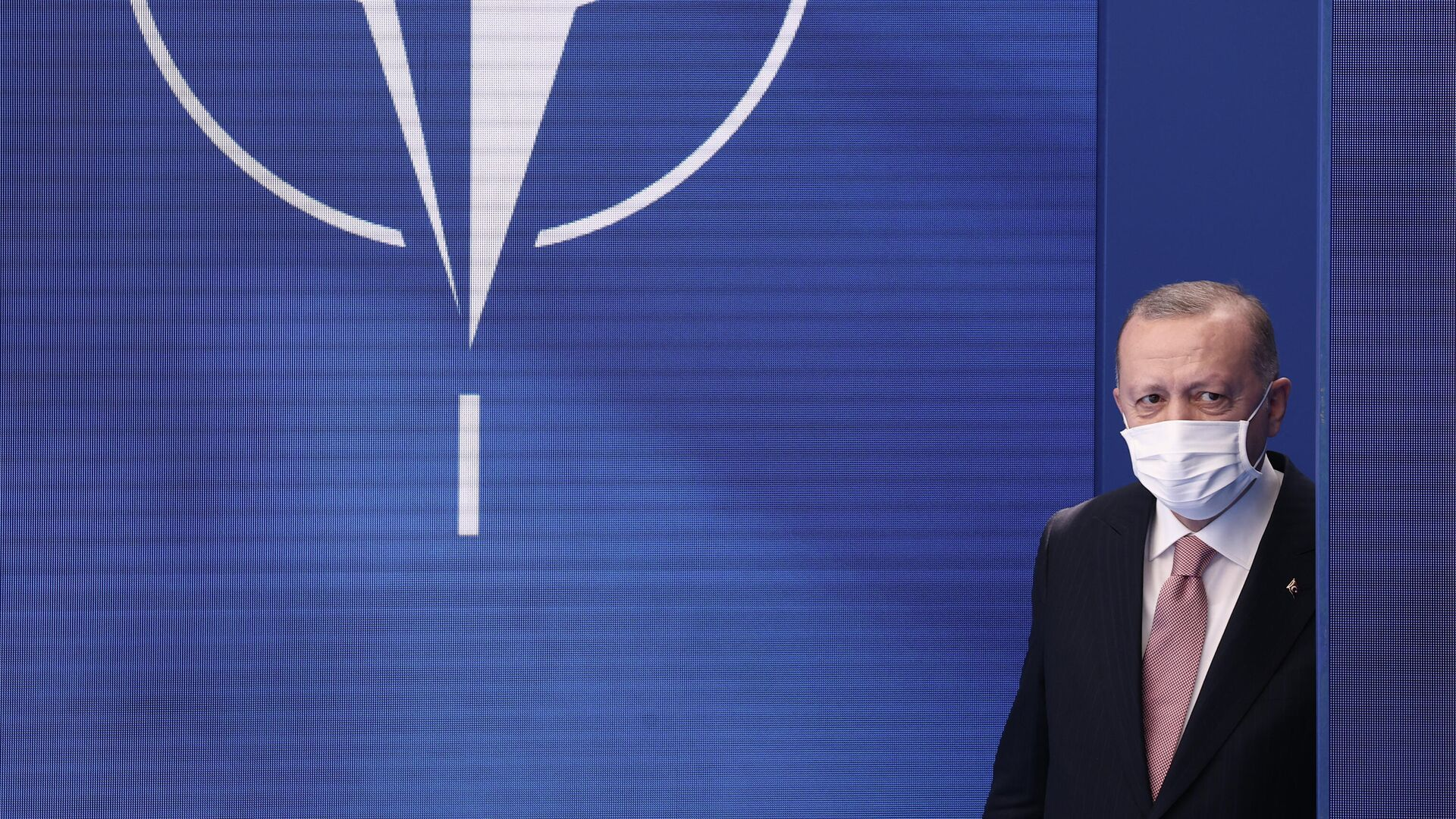 Ρετζέπ Ταγίπ Ερντογάν στη Σύνοδο του ΝΑΤΟ - Sputnik Ελλάδα, 1920, 26.09.2021