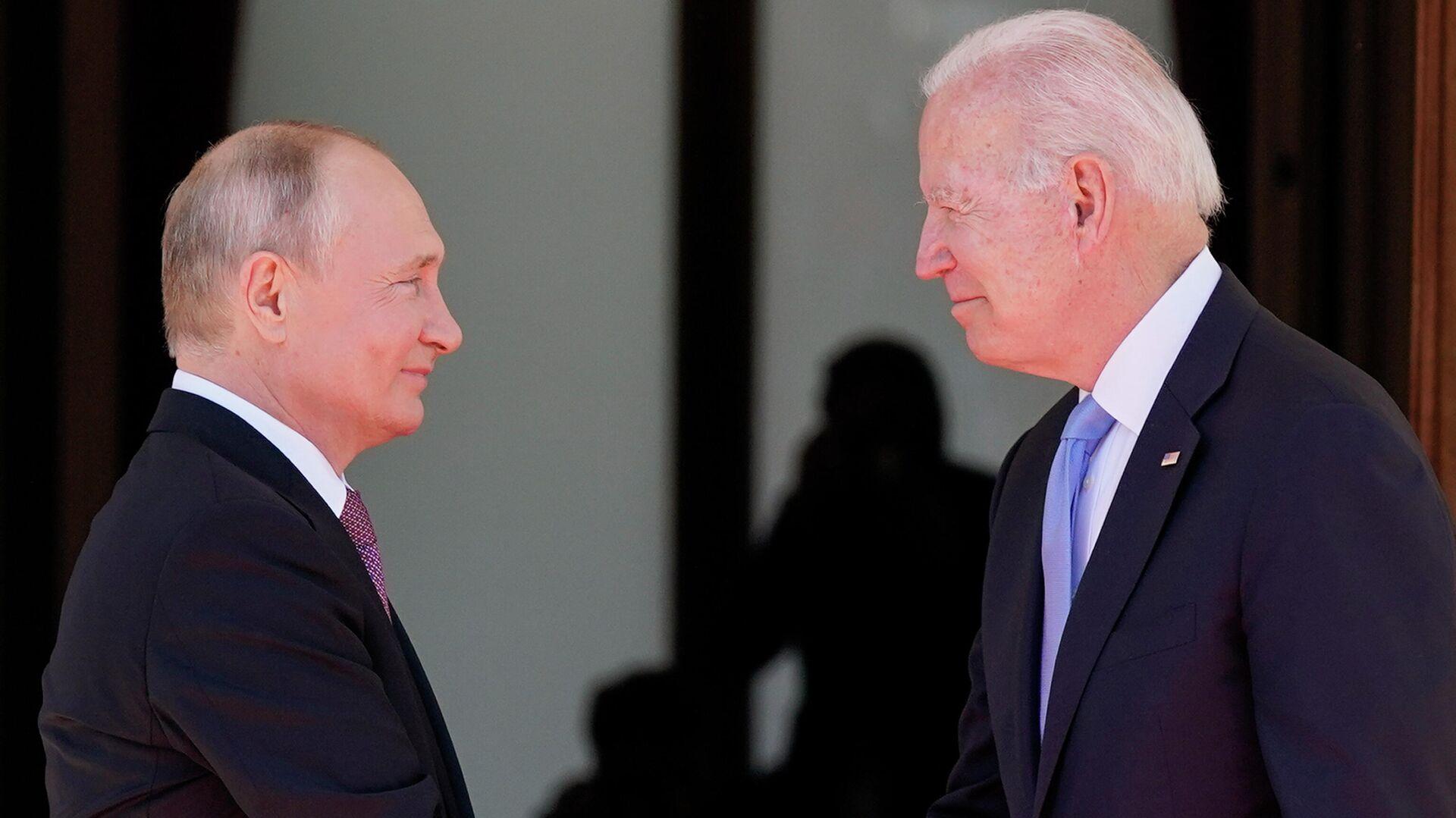 Ολοκληρώθηκαν οι συνομιλίες Πούτιν - Μπάιντεν - Sputnik Ελλάδα, 1920, 07.10.2021