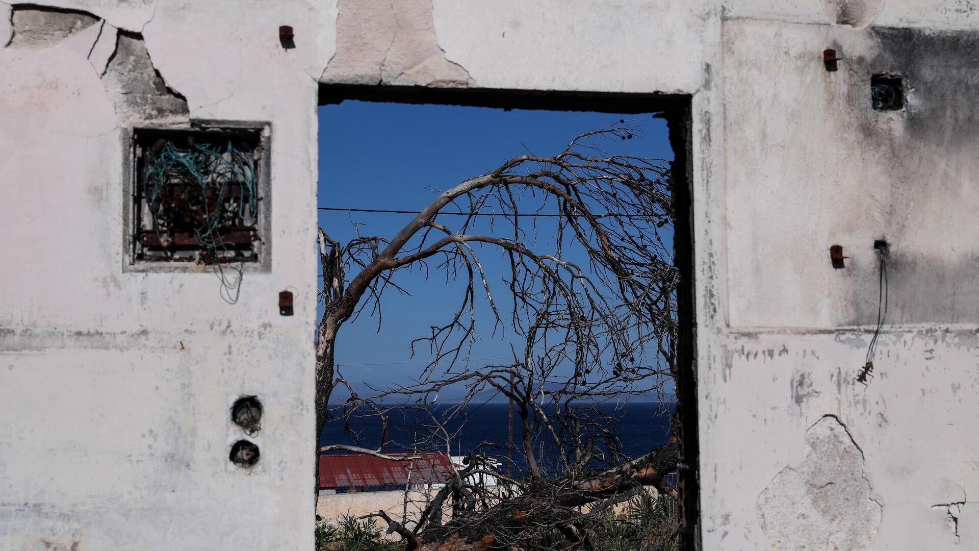 Τρία χρόνια από τη φονική φωτιά στο Μάτι - Sputnik Ελλάδα, 1920, 12.10.2021