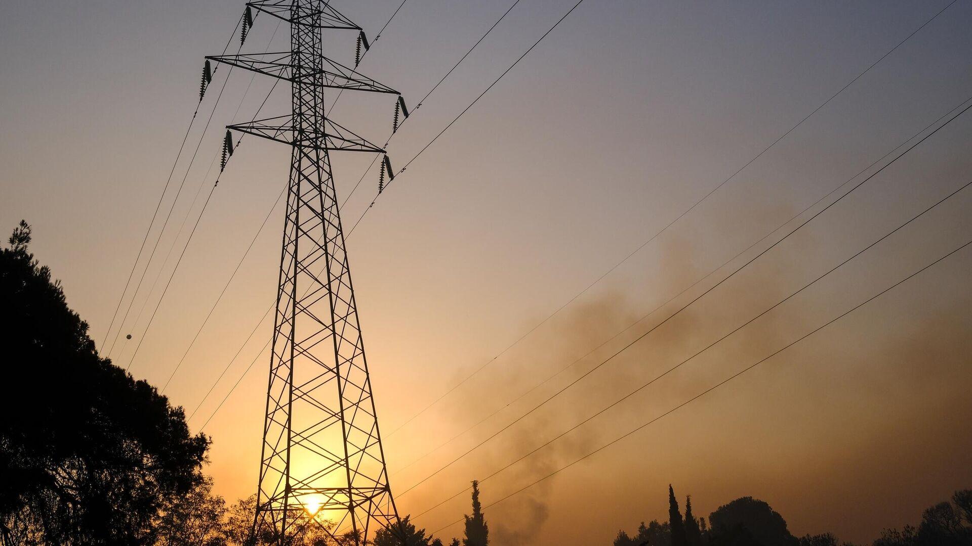 Διακοπές ρεύματος λόγω πυρκαγιών - Sputnik Ελλάδα, 1920, 06.08.2021