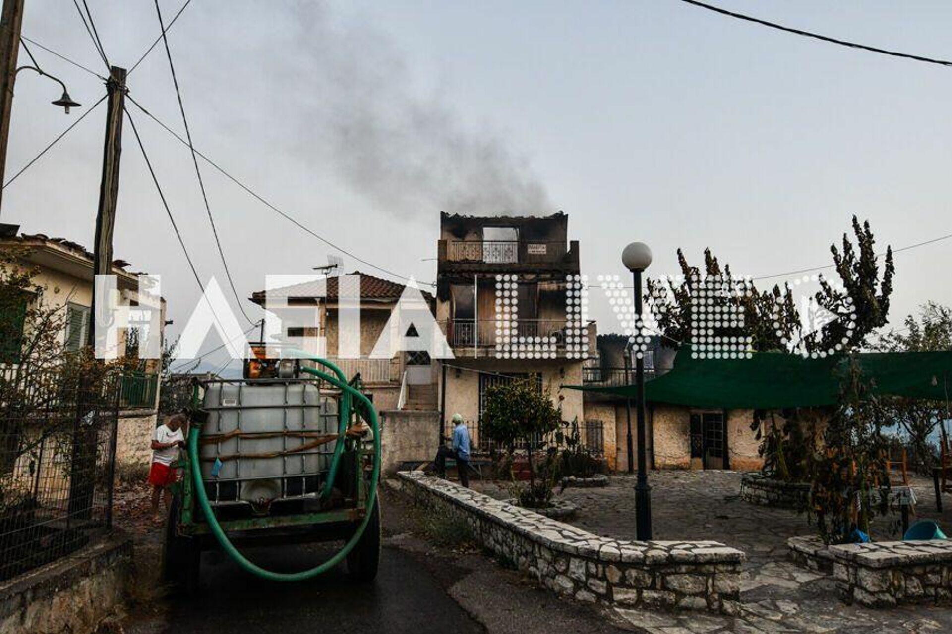 Γορτυνία: Συγκλονιστικές εικόνες καταστροφής από τη φωτιά - Sputnik Ελλάδα, 1920, 11.08.2021