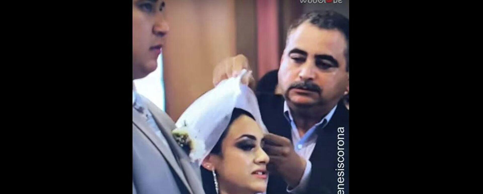 Μπαμπάς πάει να βοηθήσει τη νύφη στον γάμο και τα κάνει χειρότερα - Sputnik Ελλάδα, 1920, 11.08.2021