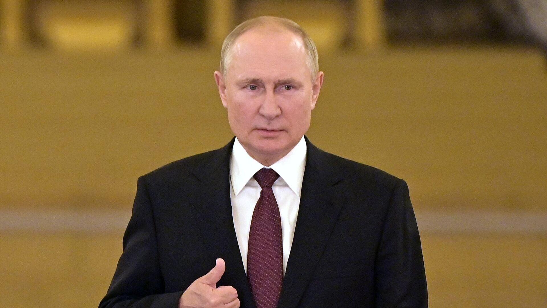O Βλαντίμιρ Πούτιν μετά τη συνάντηση με Μέρκελ - Sputnik Ελλάδα, 1920, 25.09.2021