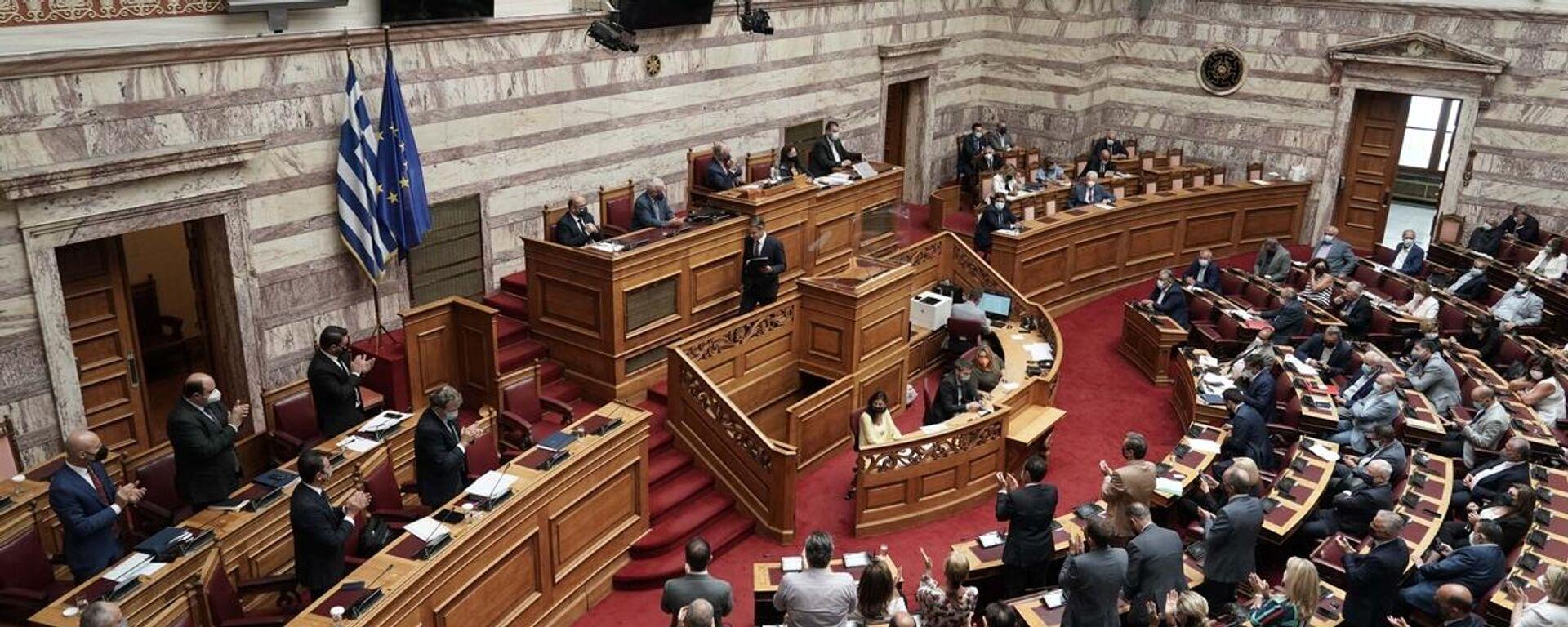 Συζήτηση στη Βουλή για τη διαχείριση των καταστροφικών πυρκαγιών και τα μέτρα αποκατάστασης - Sputnik Ελλάδα, 1920, 01.10.2021