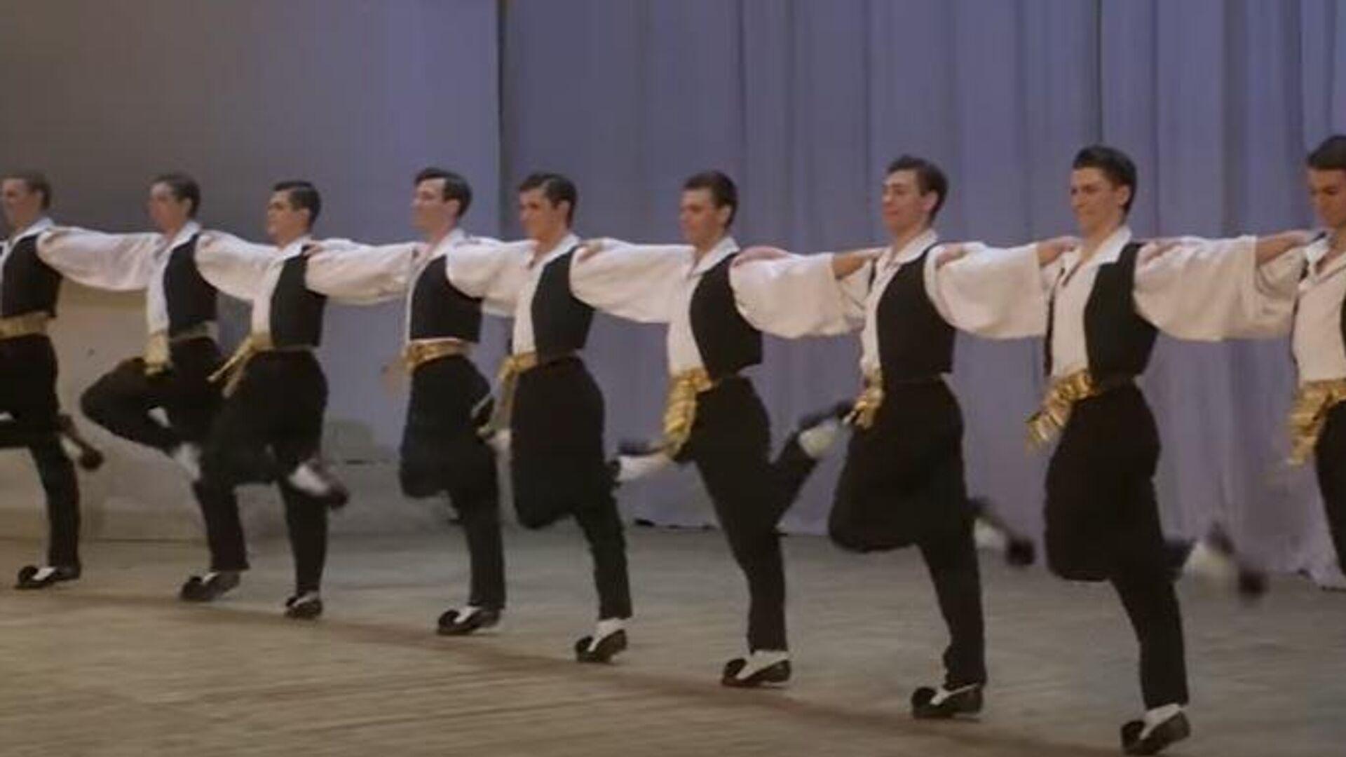 Διάσημο ρωσικό μπαλέτο χορεύει το Συρτάκι - Sputnik Ελλάδα, 1920, 06.09.2021