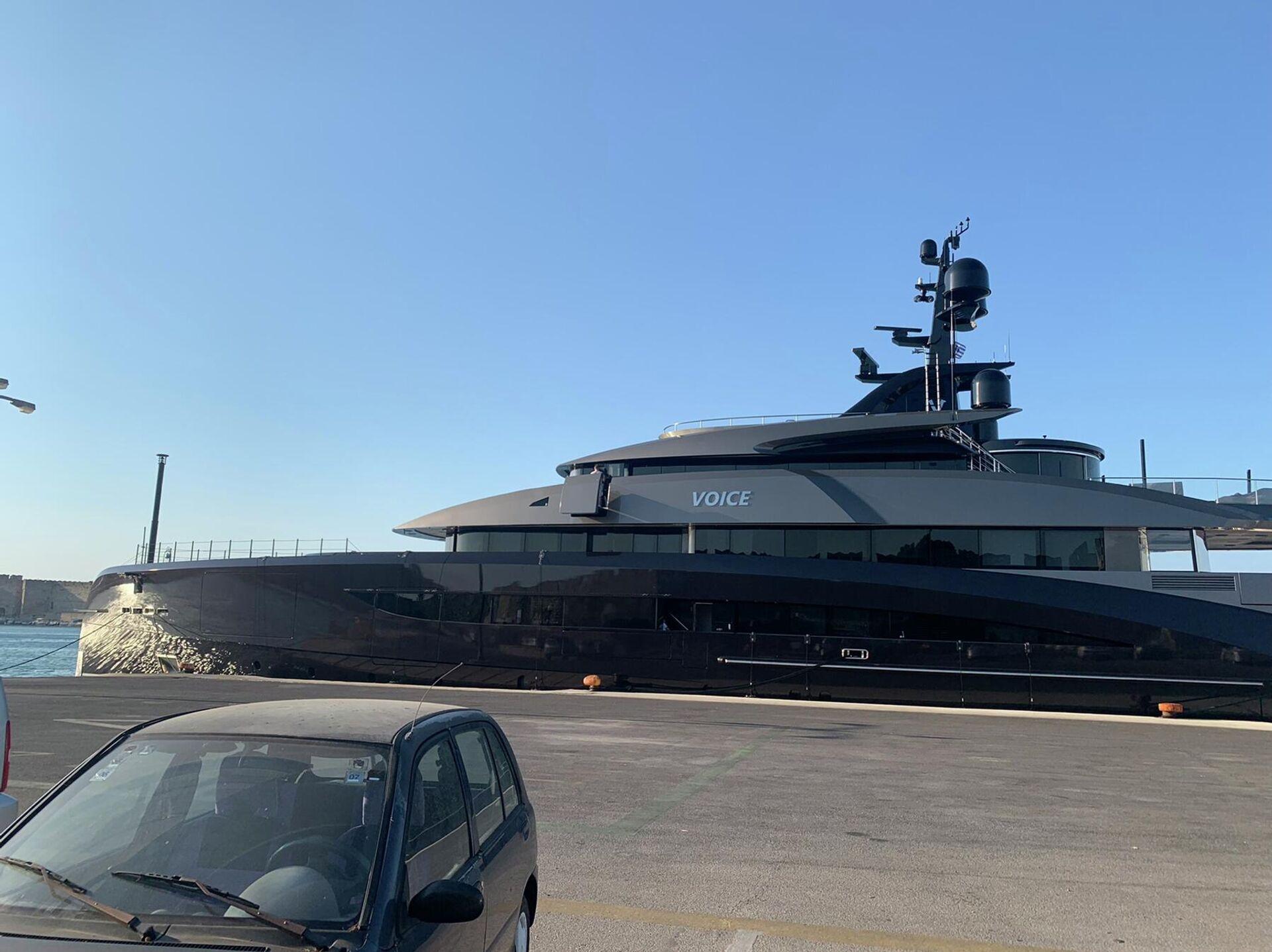 Εντυπωσιακό σούπερ-γιοτ έδεσε στο λιμάνι της Ρόδου - Sputnik Ελλάδα, 1920, 08.09.2021