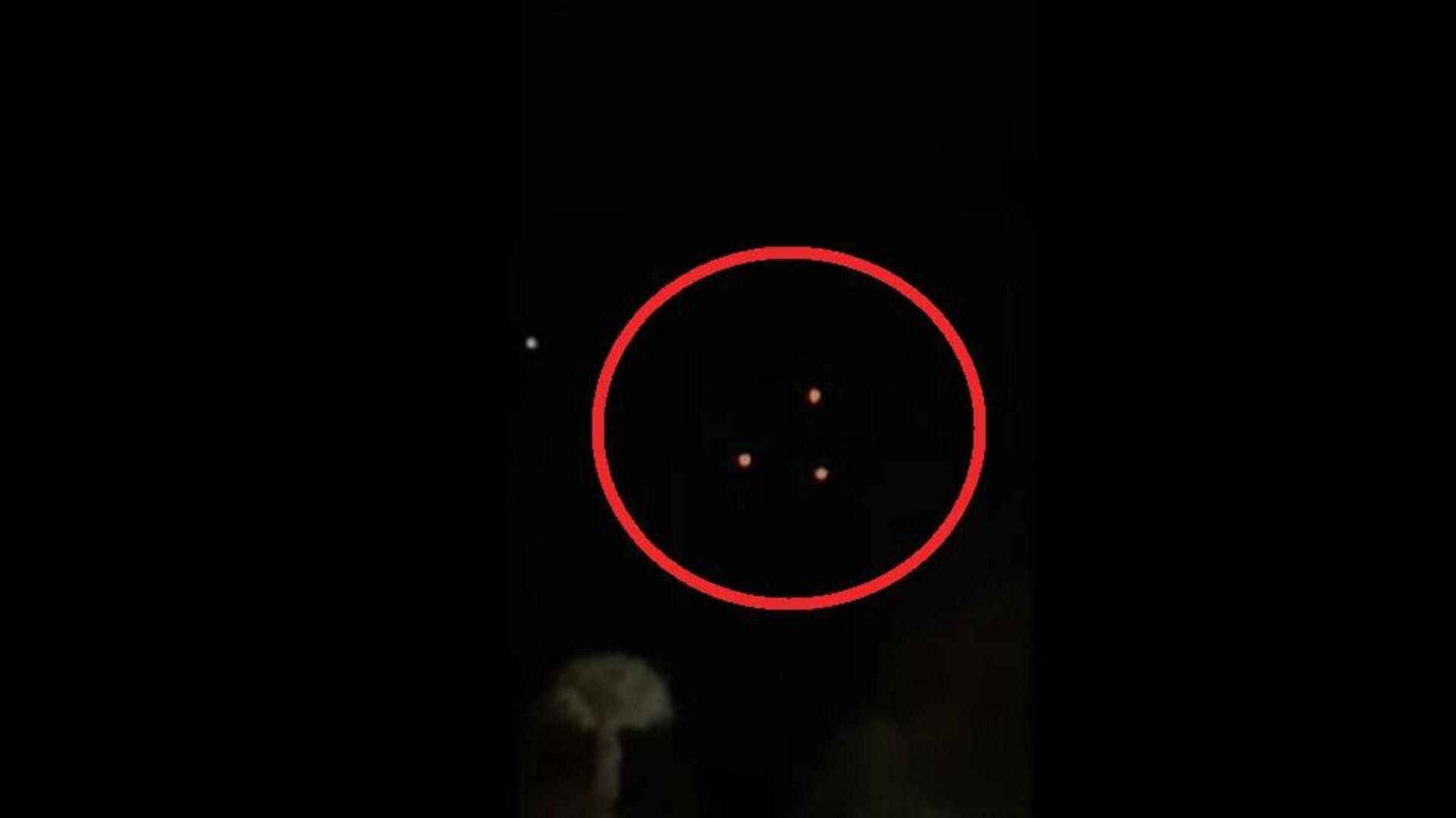 Φωτεινά αντικείμενα καταγράφηκαν στον ουρανό της Αριζόνα - Sputnik Ελλάδα, 1920, 12.09.2021