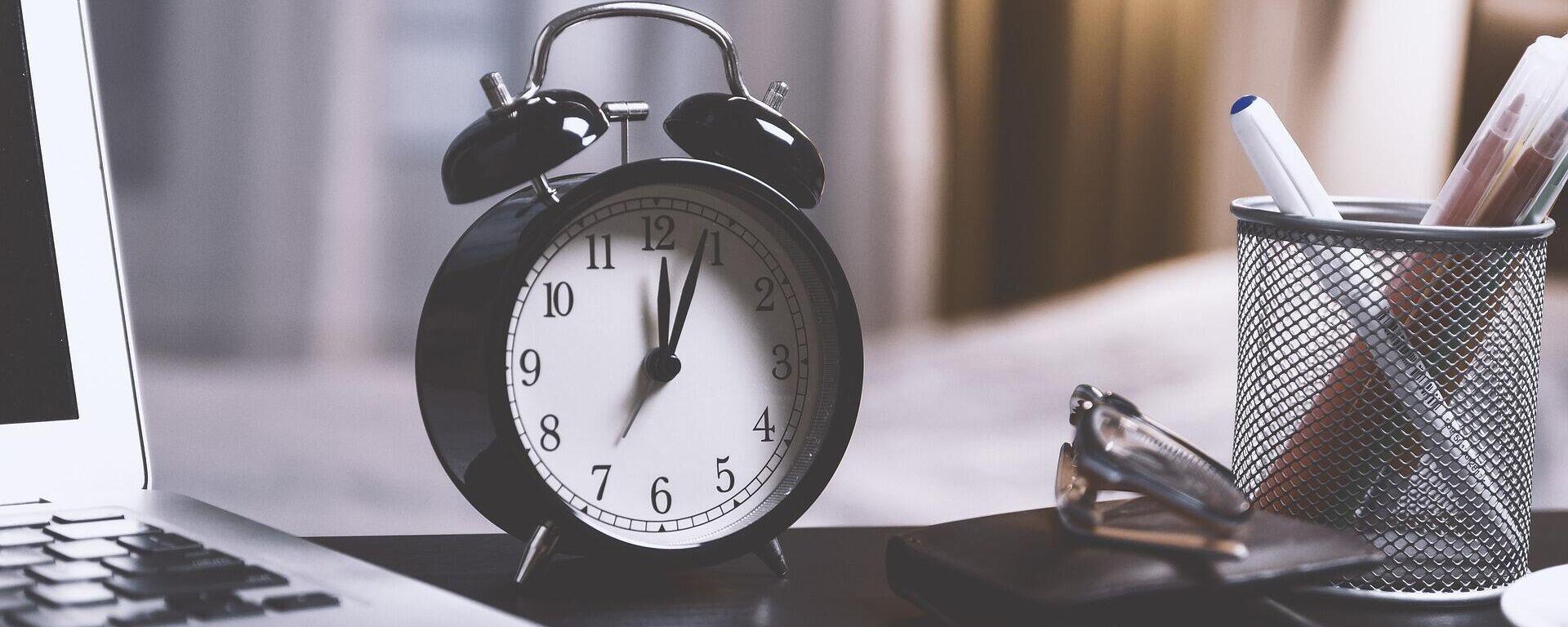 Ρολόι - Ξυπνητήρι - Sputnik Ελλάδα, 1920, 22.09.2021