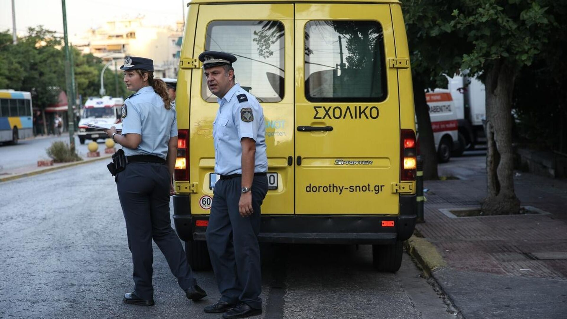 Έλεγχοι ασφαλείας της τροχαίας σε σχολικά λεωφορεία για την πρώτη μέρα στο σχολείο - Sputnik Ελλάδα, 1920, 22.09.2021