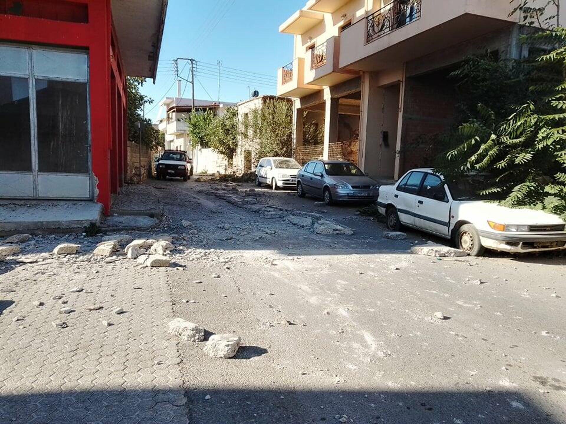 Κρήτη: Ζημιές από τον ισχυρό σεισμό των 5,8 Ρίχτερ - Sputnik Ελλάδα, 1920, 27.09.2021