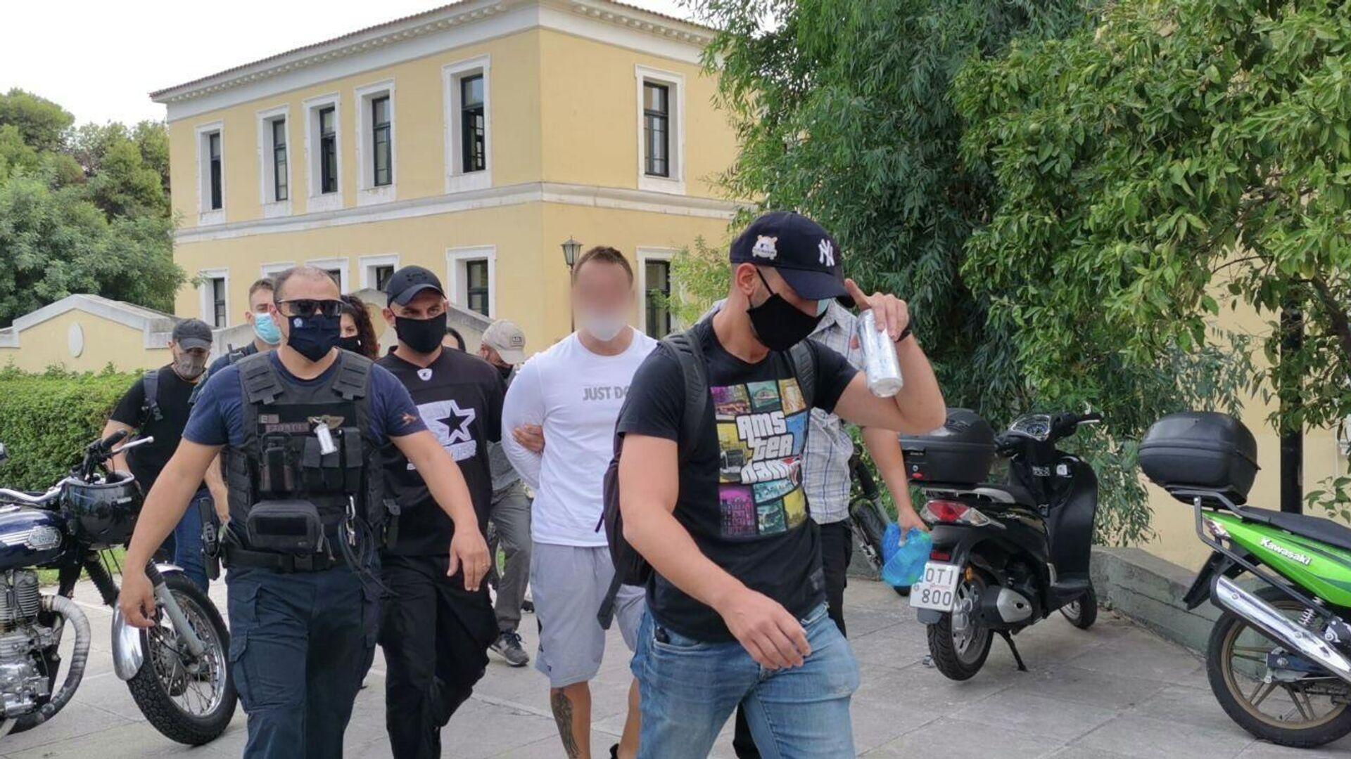 Στον εισαγγελέα ο 33χρονος για τη ληστεία στη Μητροπόλεως - Sputnik Ελλάδα, 1920, 28.09.2021