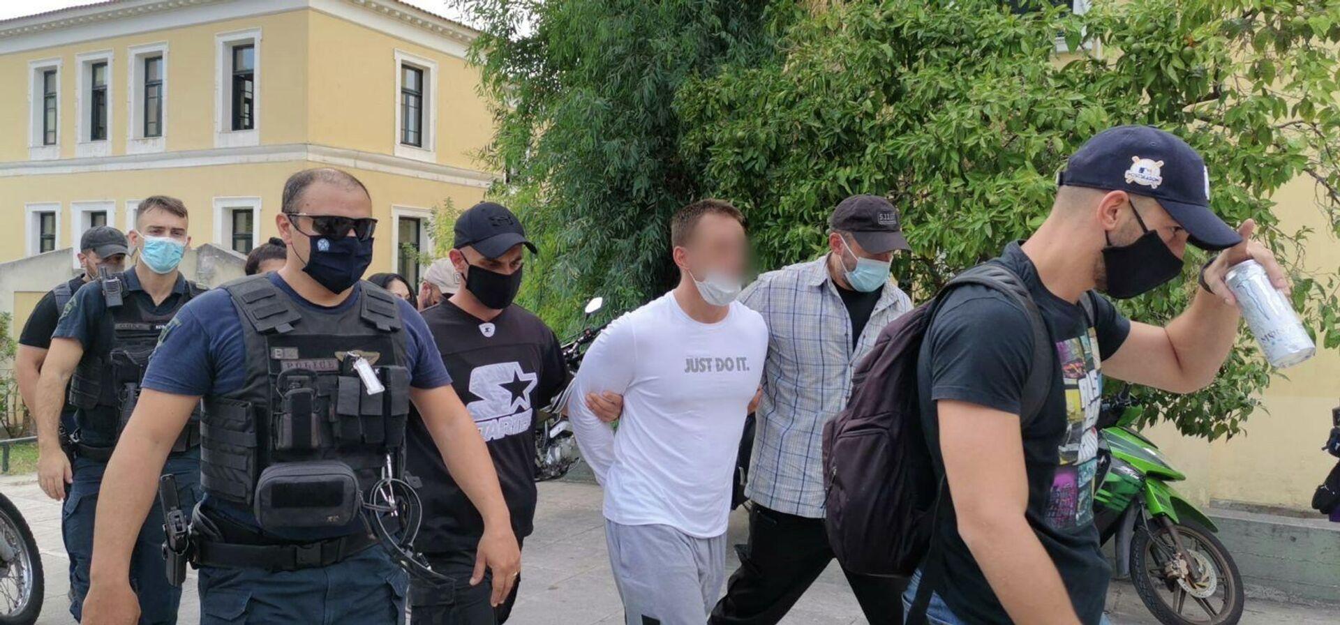 Στον εισαγγελέα ο 33χρονος για τη ληστεία σε τράπεζα στη Μητροπόλεως - Sputnik Ελλάδα, 1920, 28.09.2021