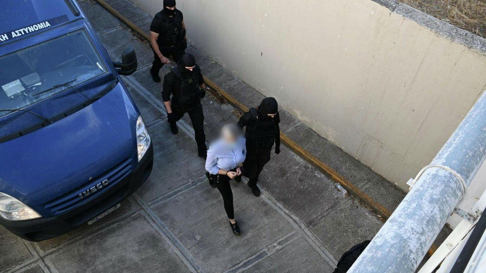 Επίθεση με βιτριόλι: Η Έφη έφτασε στο δικαστήριο - Sputnik Ελλάδα, 1920, 07.10.2021