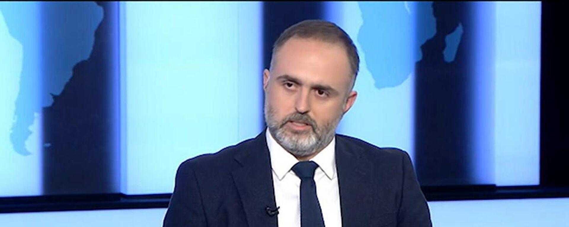 Ο Αλέξανδρος Κούκιος, συνήγορος 36χρονου στην υπόθεση της επίθεσης με βιτριόλι εναντίον της Ιωάννας Παλιοσπύρου - Sputnik Ελλάδα, 1920, 30.09.2021