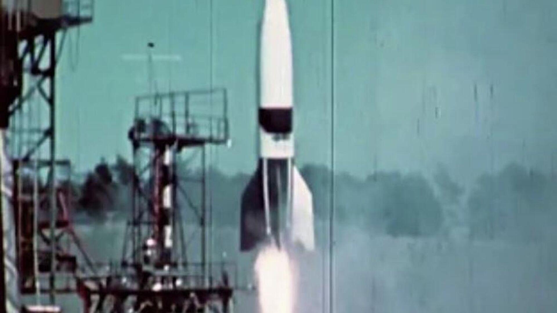 Ο ναζιστικός πύραυλος V2 (φωτ. αρχείου) - Sputnik Ελλάδα, 1920, 01.10.2021