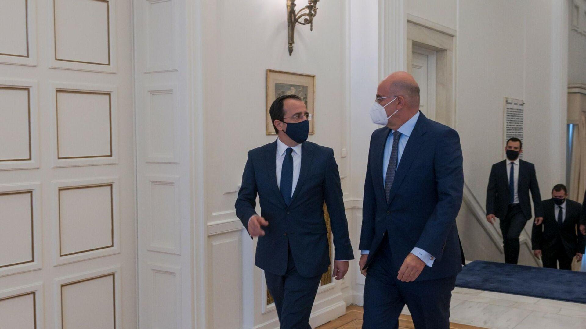 Υπουργοί Εξωτερικών Ελλάδας και Κύπρου, Νίκος Δένδιας και Νίκος Χριστοδουλίδης - Sputnik Ελλάδα, 1920, 04.10.2021