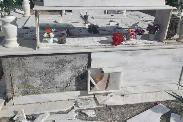 Άνοιξαν οι τάφοι από τον ισχυρό σεισμό στην Κρήτη - Sputnik Ελλάδα