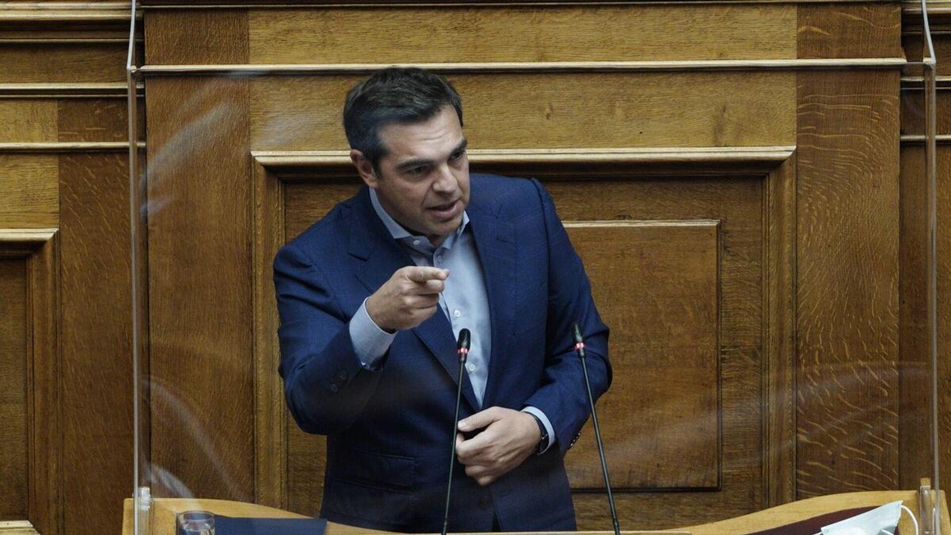Τσίπρας για Μητσοτάκη: «Ψωνίζει φρεγάτες, σαν να ψωνίζει γραβάτες» - Άναψαν  τα αίματα στη Βουλή - 07.10.2021, Sputnik Ελλάδα