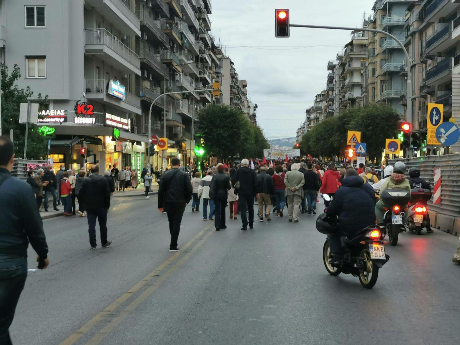 Θεσσαλονίκη: Πορεία για τον ένα χρόνο από την καταδίκη της ΧΑ - Sputnik Ελλάδα, 1920, 07.10.2021