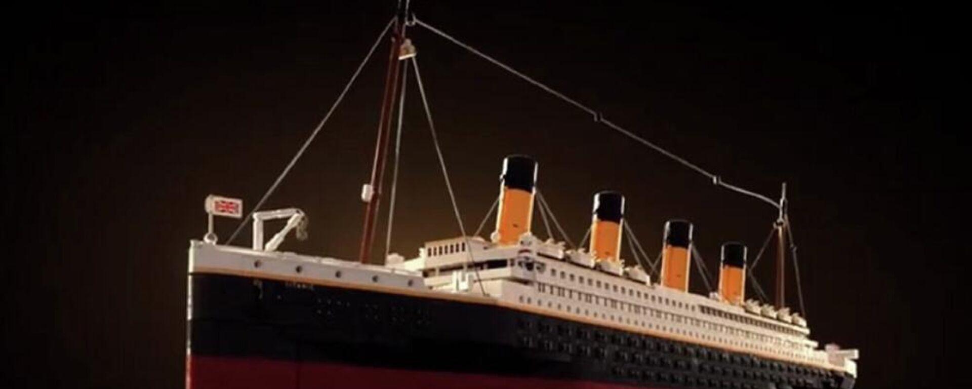 Τιτανικός: Η LEGO έβγαλε ρέπλικα του θρυλικού πλοίου από 9.090 τουβλάκια - Sputnik Ελλάδα, 1920, 08.10.2021