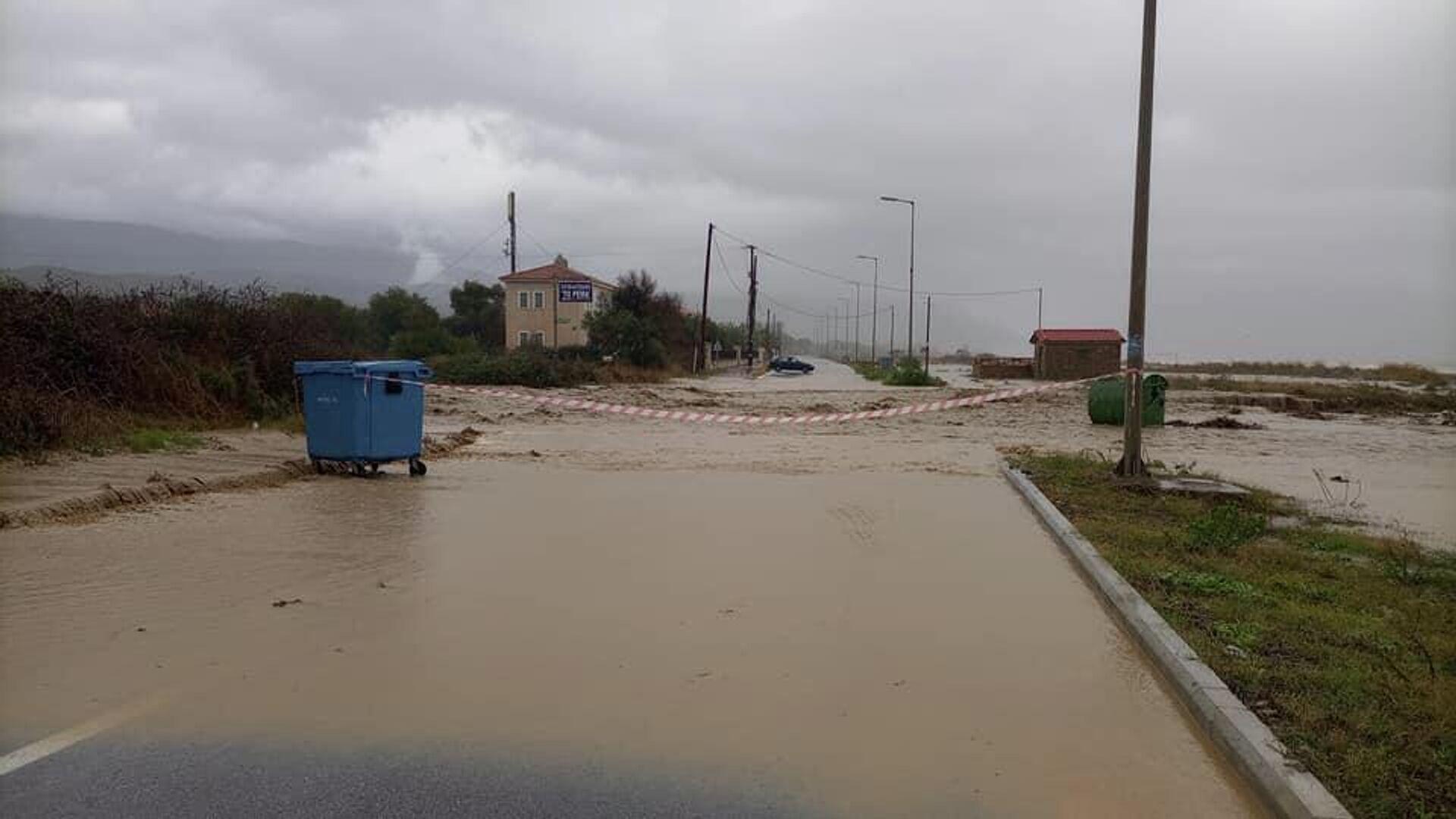 Κακοκαιρία Αθηνά: Πλημμύρες σε Εύβοια, Λάρισα, Πήλιο - Sputnik Ελλάδα, 1920, 10.10.2021