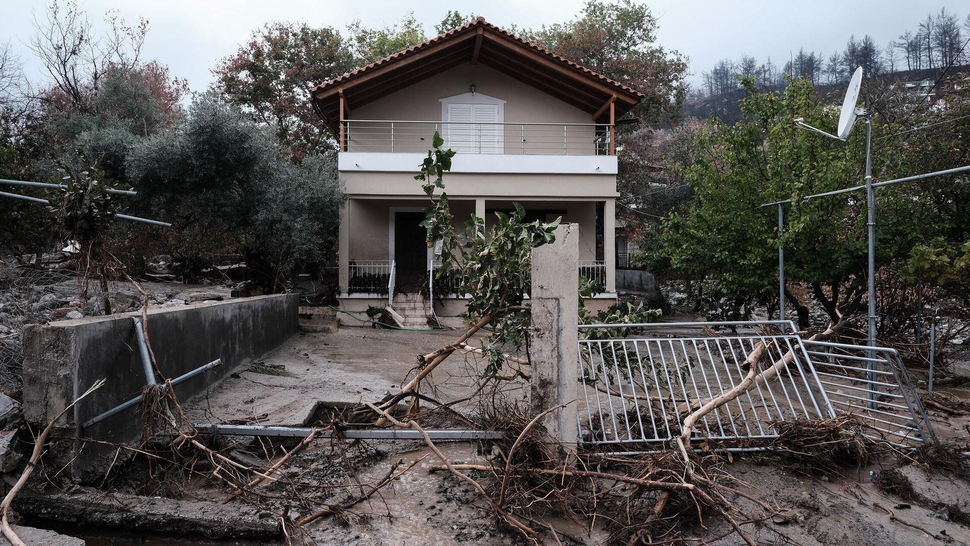 Καταστροφές στην Βόρεια Εύβοια από τις πλημμύρες - Sputnik Ελλάδα, 1920, 11.10.2021