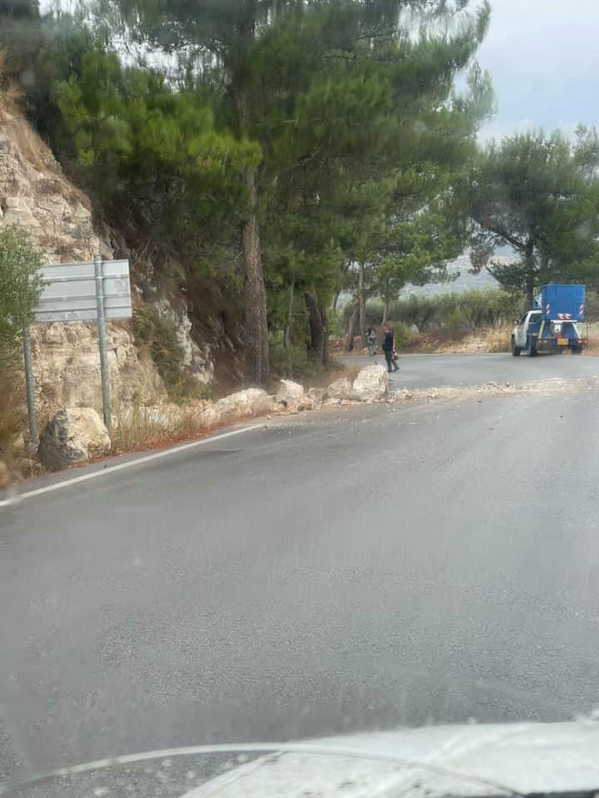Κρήτη: Πτώσεις βράχων μετά τον σεισμό των 6,3 Ρίχτερ - Sputnik Ελλάδα, 1920, 12.10.2021