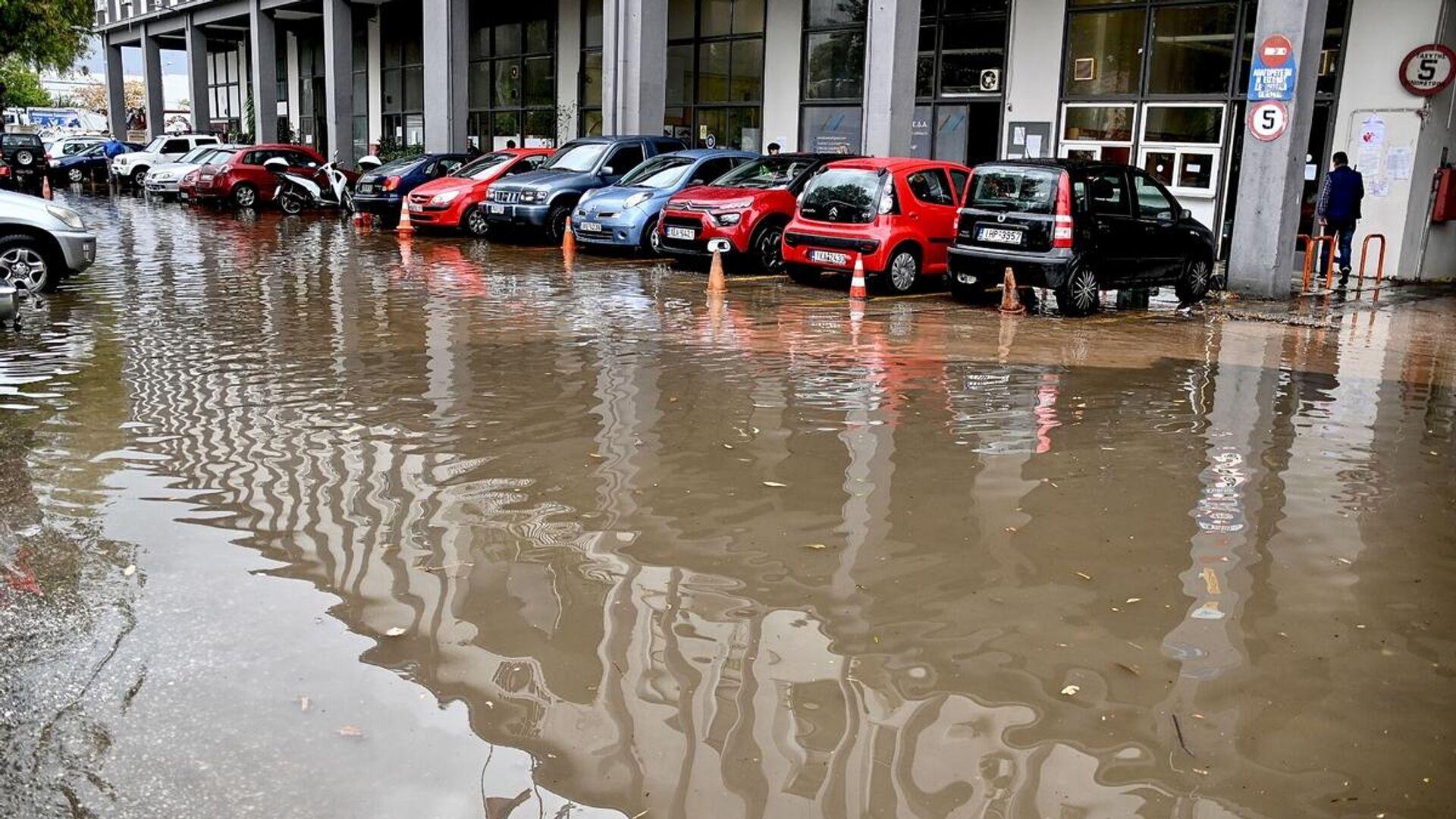 Εκτεταμένες πλημμύρες έπειτα από το πέρασμα της κακοκαιρίας «Μπάλλος» - Sputnik Ελλάδα, 1920, 14.10.2021