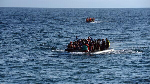 Πρόσφυγες στο Αιγαίο - Sputnik Ελλάδα